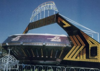 gravitron-attraction-amusements-spectaculaires